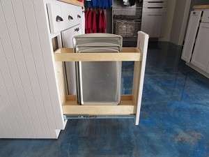 Pull Out Spice Rack | 4-5 inch Openings